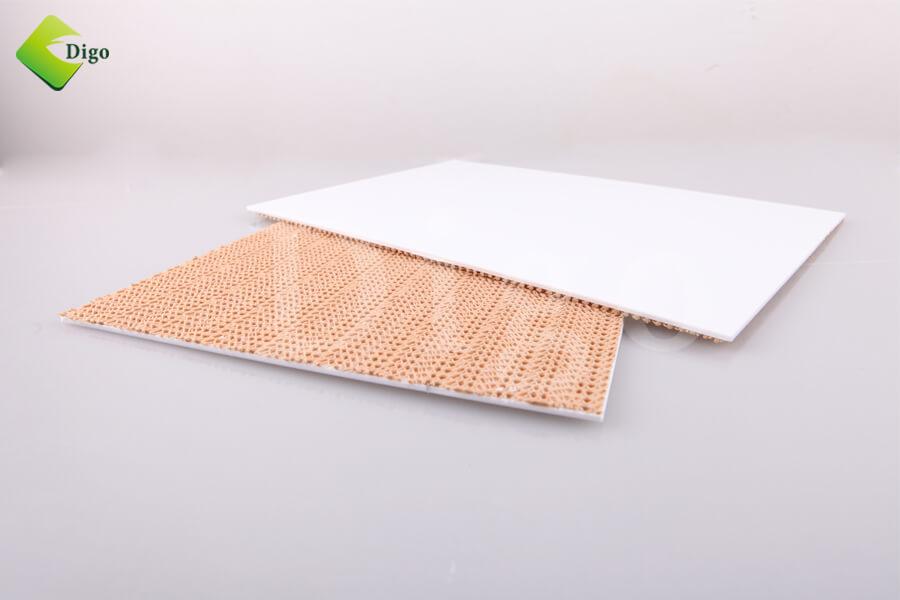 Sticky mat frame